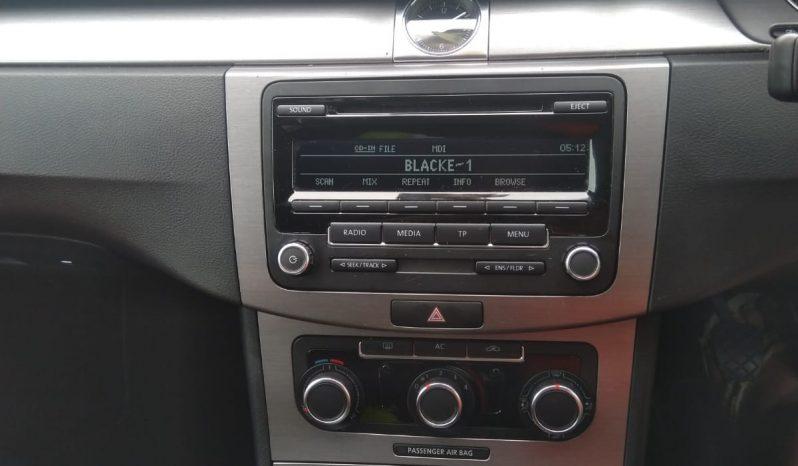 2011 Volkswagen Passat full